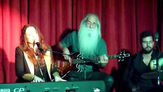 Judith Owen And Band, Somebody's Child, featuring Leland Sklar