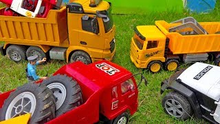 Tractor Car Toy Assembly Helps Dump Truck, Police Car Toys for Kids