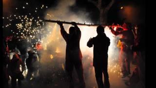 preview picture of video 'Correfoc Festa Major Begues Estiu 2012'
