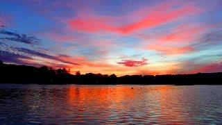 Закат над Озером. Красивый Закат. Небо на Закате. Небо, Озеро, Закат. Футажи для видеомонтажа