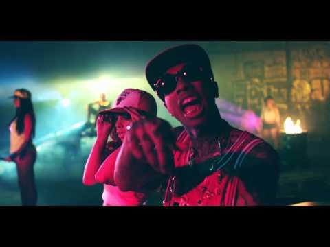 Tyga Ft. Chris Brown – SnapBacks Back