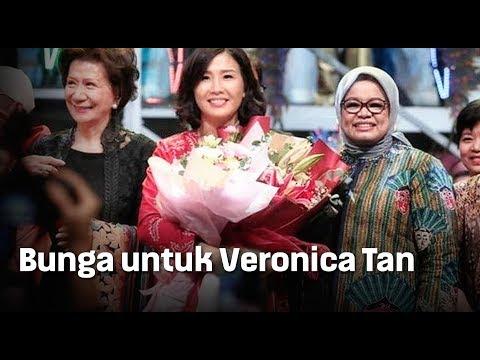 Bunga untuk Veronica Tan