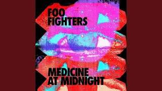 Kadr z teledysku Medicine At Midnight tekst piosenki Foo Fighters