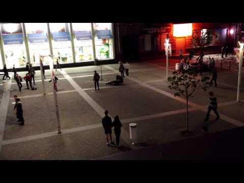 В центре  Днепра неизвестный стрелял из пистолета