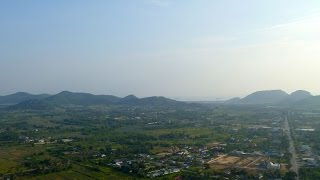 preview picture of video 'Paramotoring over Hua Hin'