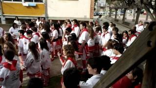 preview picture of video '2013-03-30 Caramelles Súria - Cançó de l'Agrupació Sardanista'