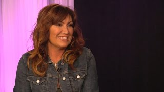 Jo Dee Messina on her mom, new music
