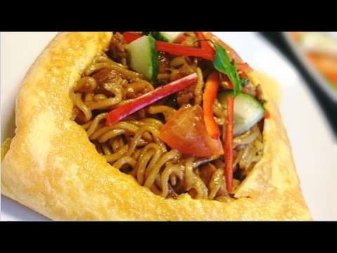 Video Resep Mie Goreng Bungkus Telor (Fried Noodle Wrapping Egg Recipe)