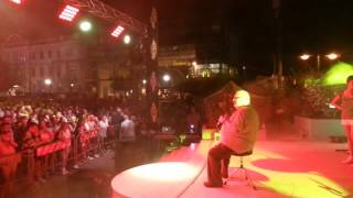 Albert One - AC ONE sing a song now now - live Cattolica 26 08 2016