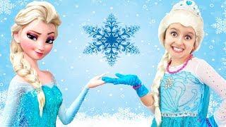 Elsa Wears the Princess Dress and Makeup