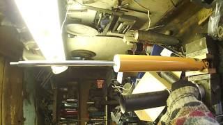 Замена пружин амортизатора заднего от компании СТО Ключевой Автосервис MSQ - видео