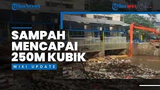 Sampah Kiriman Menumpuk di Pintu Air Manggarai, Beratnya Capai 250 Meter Kubik