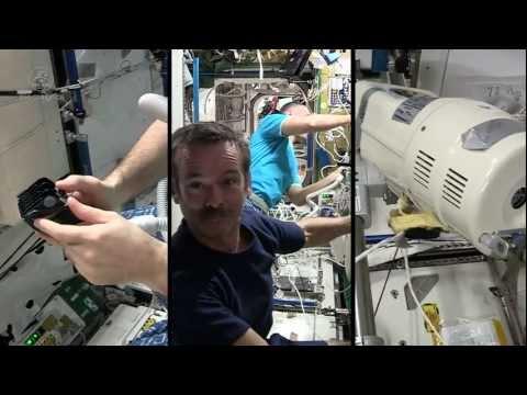 Så här trimmas frisyren på rymdstationens astronauter