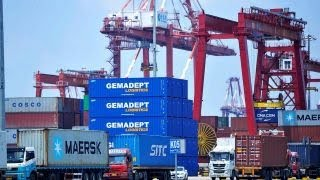 Concern grows over how a trade war might negatively affect the economy, midterms