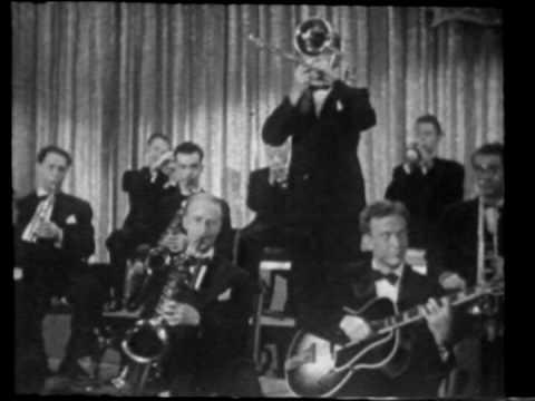 Ella Mae Morse - Cow Cow Boogie  1942