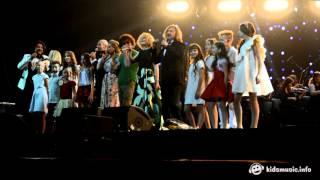 Звёзды и хор Академии популярной музыки Игоря Крутого — Ангел-хранитель (29.10.2015)