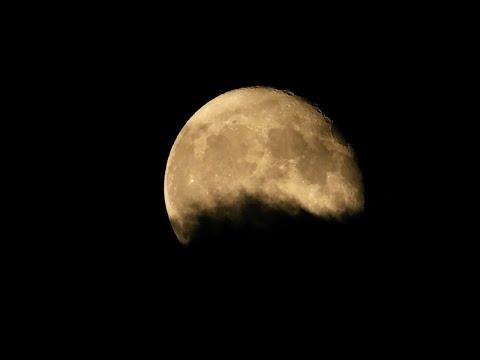 Spooky Moon Night, Jupiter & Saturn Also - Nikon P1000 Camera