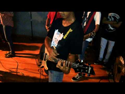 Sweet Life Of Problema feat Tika Nistia - Meaning Of Life Live at Rossi Fatmawati 2013