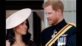 О чем могли говорить принц Гарри и Меган Маркл на балконе Букингемского дворца?