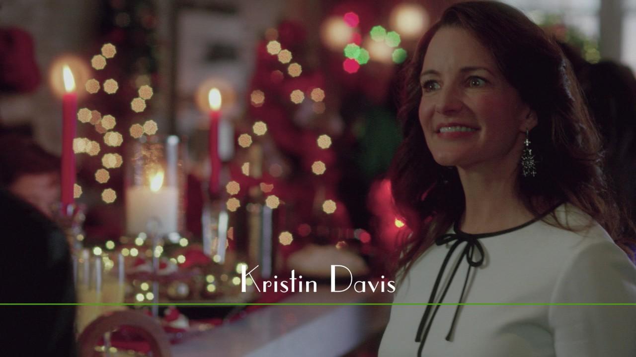 Video trailer för A Heavenly Christmas - Trailer