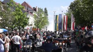 preview picture of video 'Harley Auffahrt Bad Hall 1. Mai'