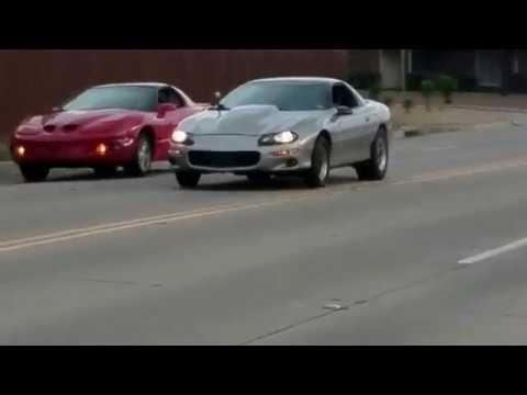 Camaro vs firebird mp3