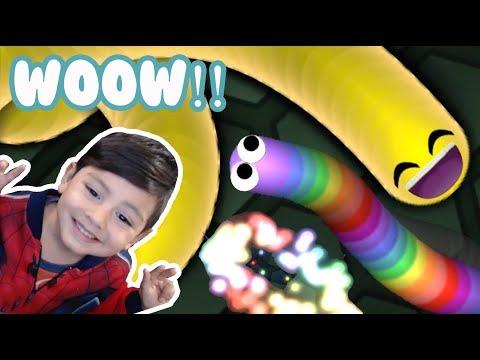 El Gusanito de Colores   Slither.io con Gusano de Arcoiris   Juego para niños