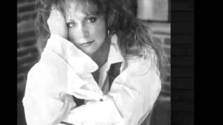 Reba McEntire -- I Don't Think Love Ought To Be That Way