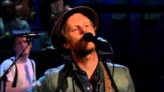 The Lumineers - Stubborn Love (Live @ Late Night With Jimmy Fallon)