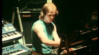 Marillion He Knows You Know Live