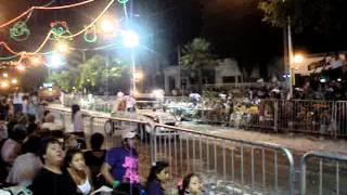 preview picture of video 'Autos Locos en el Carnaval de Lincoln 2013'