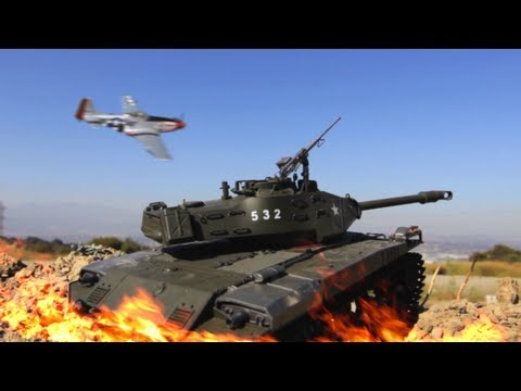 Watch These Tiny RC Tanks Fight A Surprisingly Epic Miniature Battle