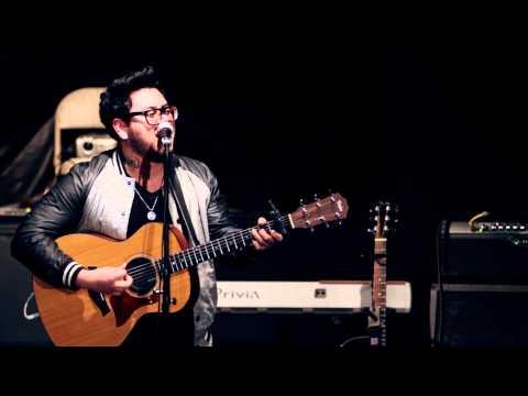 Andrew Garcia - Somebody to Love (Live w/ UpRockAudio)