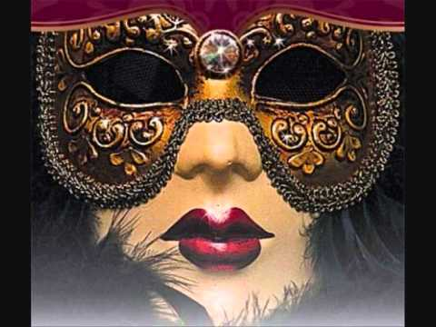 Diana Krall - Abandoned Masquerade