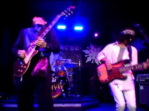 Austin Young and No Difference 12-31-11 at the Buffalo Rose  Not As Strong