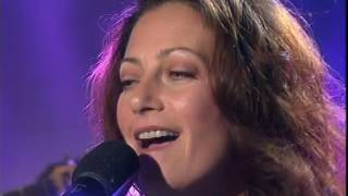 Wendy Matthews - Woman's Gotta Have It (live on GMA)