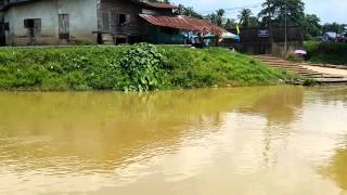 preview picture of video 'A Video Of Sungai Golok River'