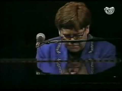 Elton John - Song for Guy - Live in Pontevedra