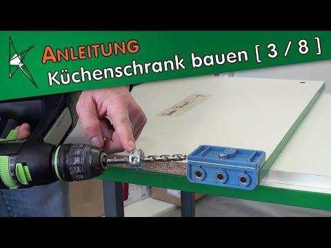 Küchenunterschrank bauen [ 3 / 8 ] - Bohrungen für die Schnellmontagedübel anfertigen