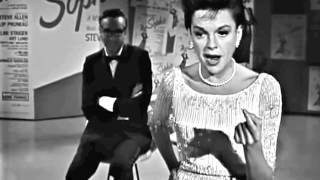 Judy Garland I'LL SHOW THEM ALL Judy tells the world off…in song!