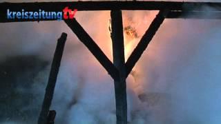 preview picture of video 'Feuerwehr löscht Scheunenbrand in Einste'