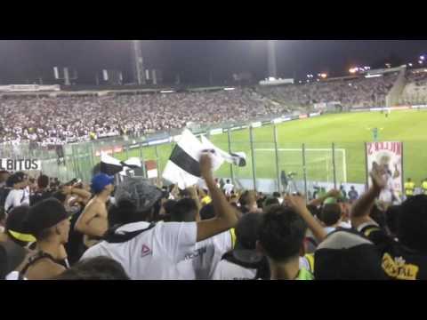 """""""Garra Blanca - Somos de la raza brava"""" Barra: Garra Blanca • Club: Colo-Colo"""
