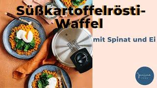 Süßkartoffelrösti-Waffel mit Spinat und Ei