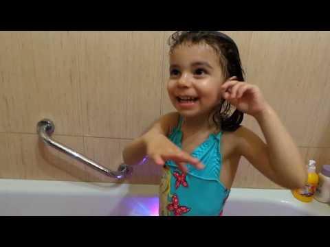 Сказочное купание с волшебным  шариком  Party Tub . Развлечение для детей .