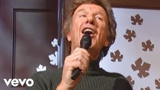 Bill & Gloria Gaither - Because He Lives [Live] ft. Gaither Vocal Band