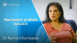 Is Your Boss Narcissistic? [Signs of Narcissism at Work]
