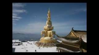 Video : China : On top a snow-covered Emei Shan : slideshow - video