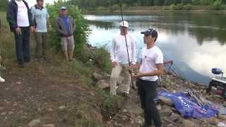 Смотреть онлайн Ловля рыбы на донку на течении