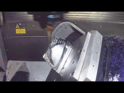 HSC-Fräsbearbeitung REFLEKTOR auf Moulding Expo 2019