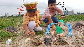 Trò Chơi Bé Pin Công An Tí Hon ❤ ChiChi ToysReview TV ❤ Đồ Chơi Trẻ Em Baby Doli Fun Song